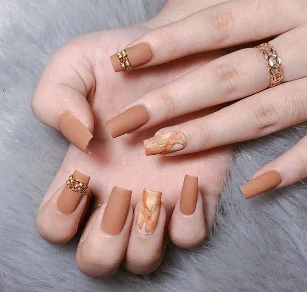 Đắp bột móng tay là gì? 5 bước đắp bột móng tay đúng chuẩn